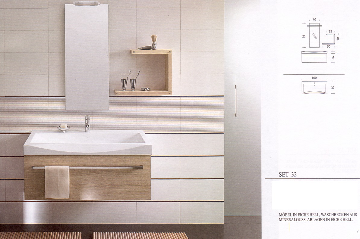 Möbel in Eiche hell, Waschbecken aus Mineralguß