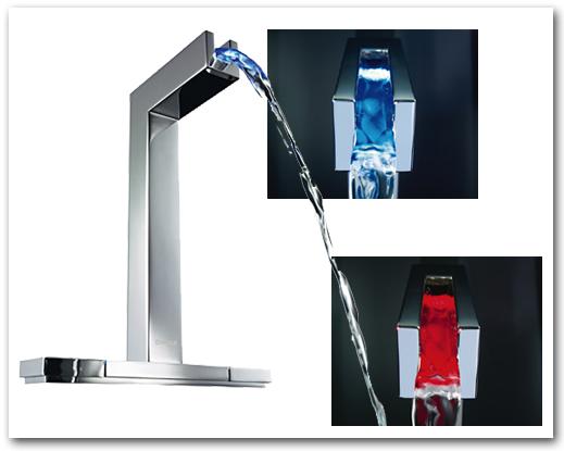 Armatur fürs Bad mit farbiger LED-Beleuchtung