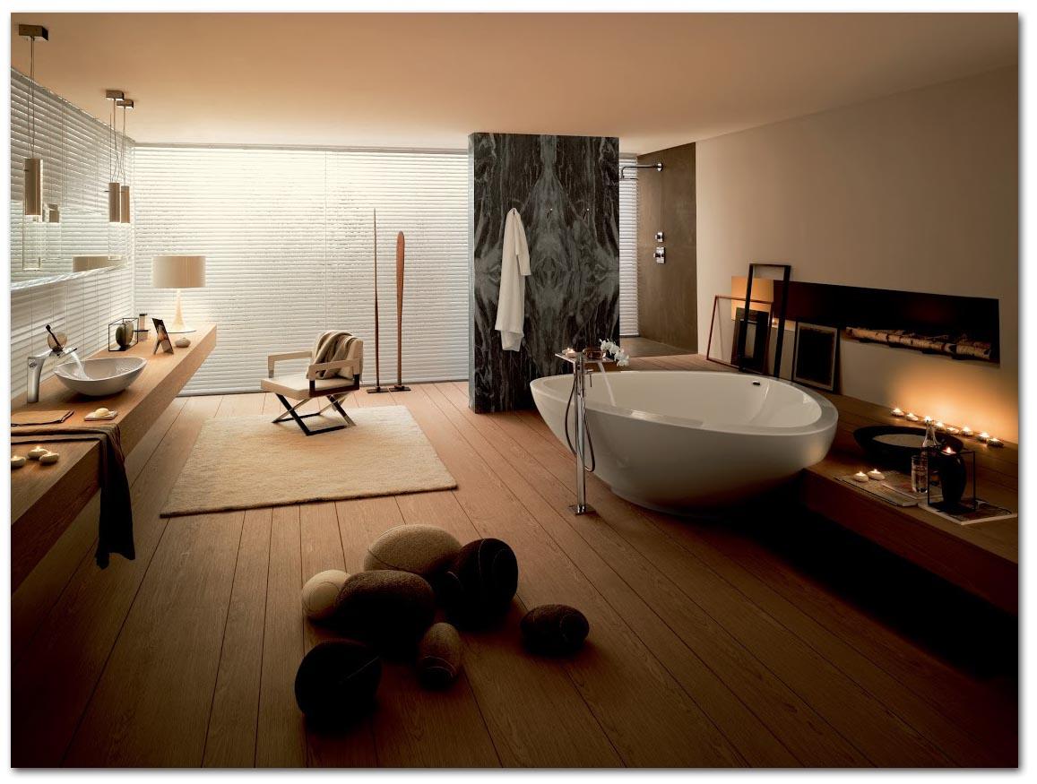 Badezimmer mit entspannender Lichtstimmun