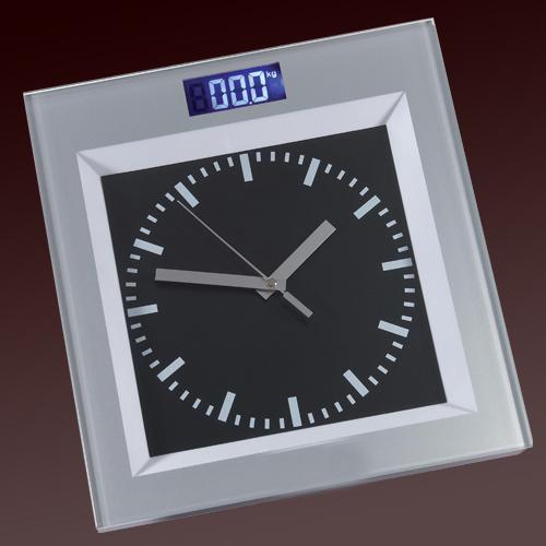Personenwaage mit Uhr